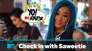 Rising rapper Saweetie hangs with Kim Lee over Filipino food pancit & sinigang (Yo! MTV Raps)