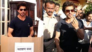 Shahrukh Khan Voting At Bandra For BMC Elections 2017 In Mumbai