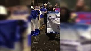"""Nicaragüenses protestan ante campaña de """"normalidad"""" de la Embajada de Nicaragua en México"""