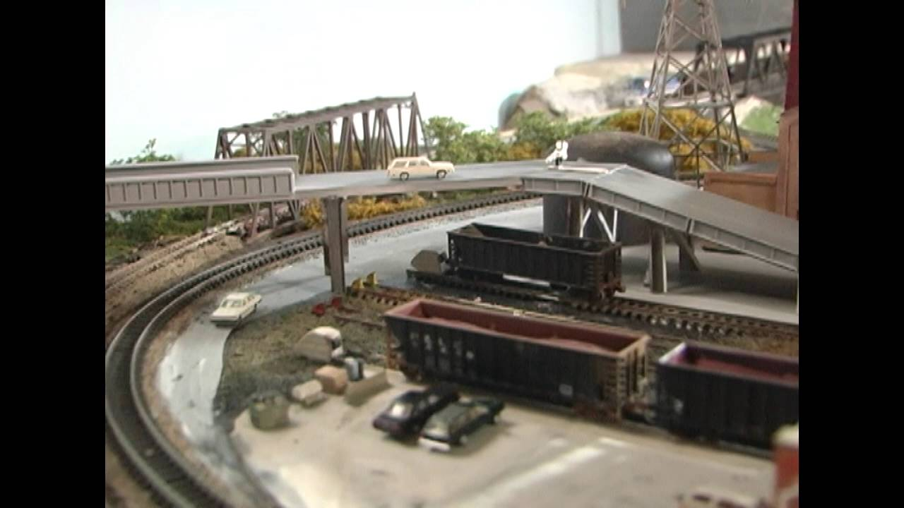 Model railroad big industry small space coke works layout ops youtube - Ho train layouts for small spaces image ...