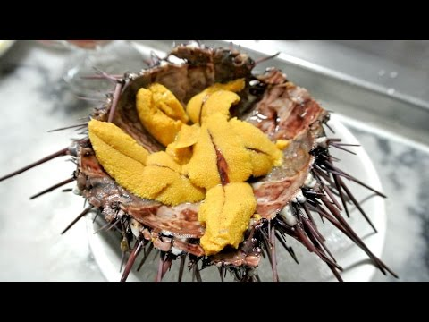 Eating LIVE Sea Urchin - Off The Street! (Uni Sashimi)