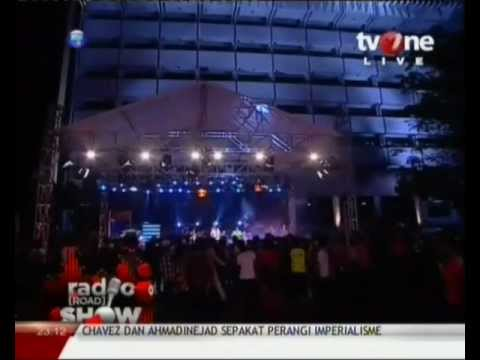 ANOTHER PROJECT - Running Away (Bob Marley Cover) Live @RadioShow_tvOne