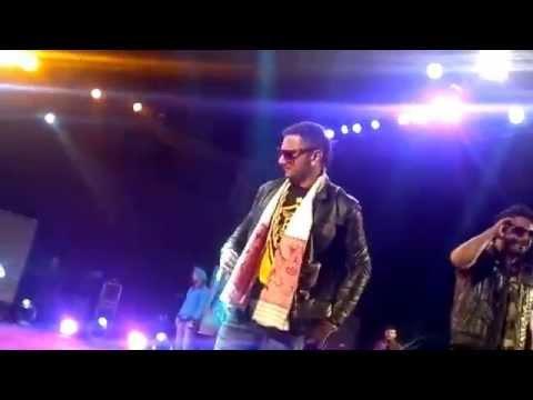 Yo Yo Honey Singh Live Perfomance In Guwahati 720p