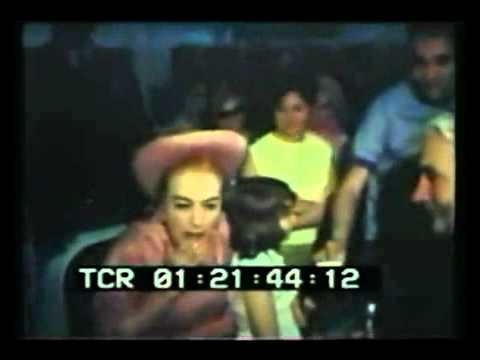 Joan Crawford airport interview 1968