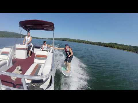 Montara Presents a Pontoon Boat for Wake Surfing - Boating