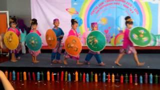 tari payung kreasi tk bunda ganesa bandung the umbrella dance
