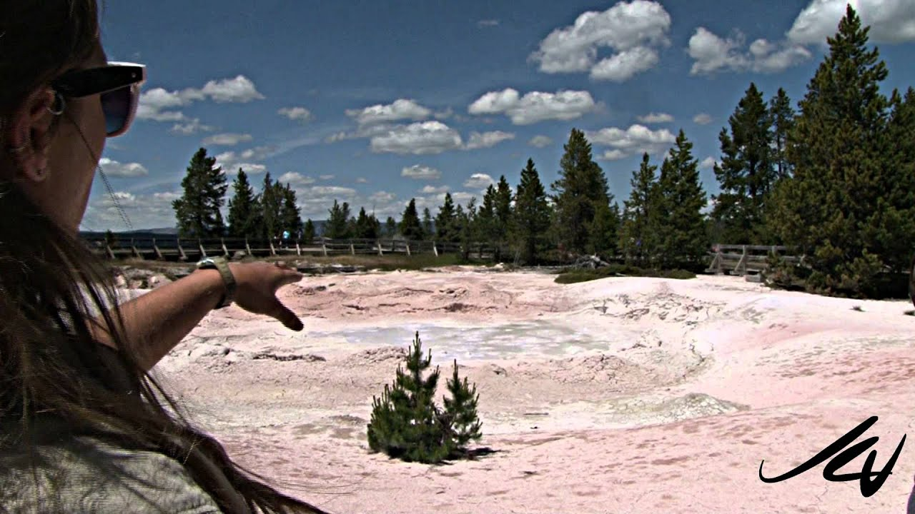 Yellowstone National Park - Fountain Paint Pot