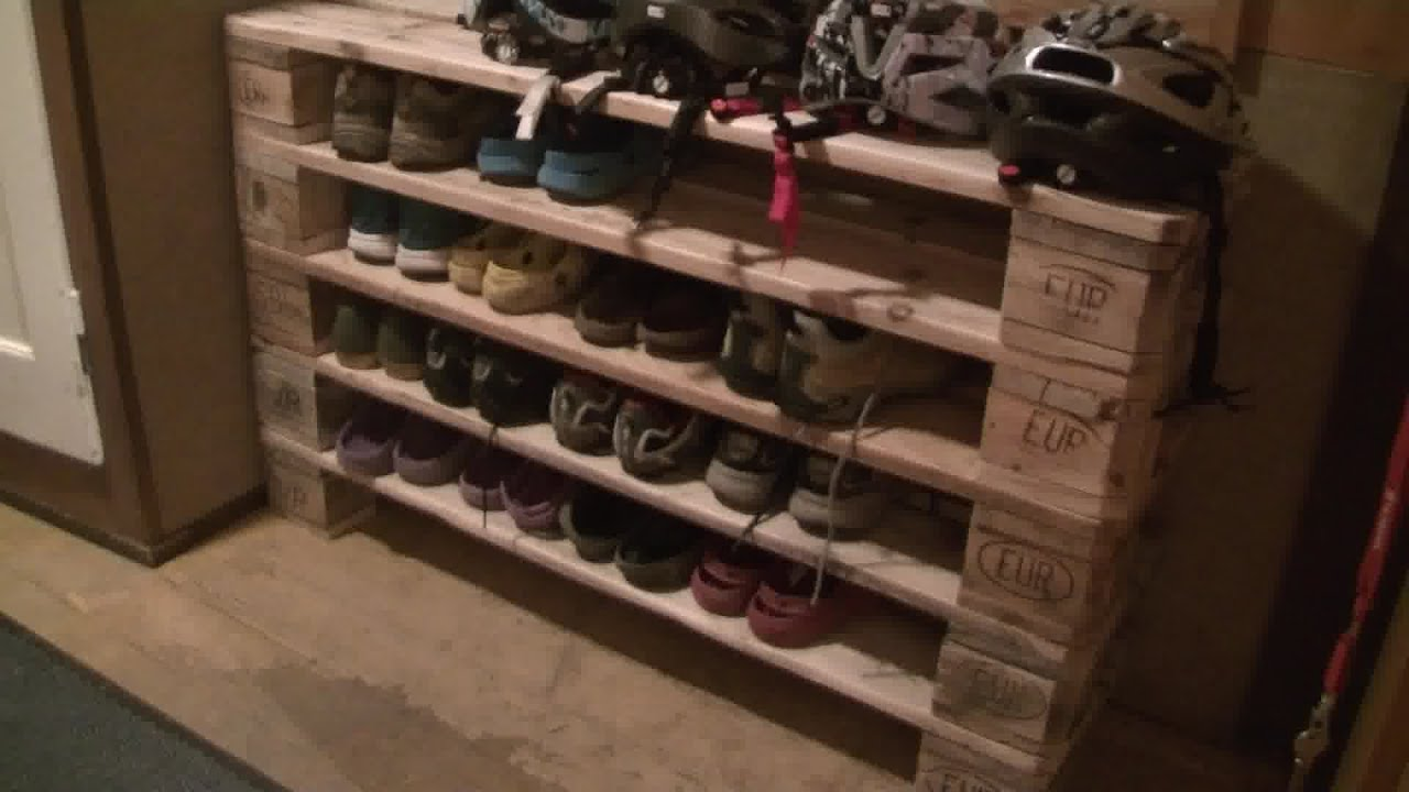 shoe rack from pallets youtube. Black Bedroom Furniture Sets. Home Design Ideas