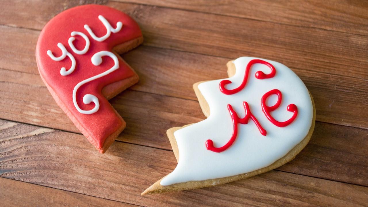 Имбирное печенье ко Дню Святого Валентина - две половинки сердца