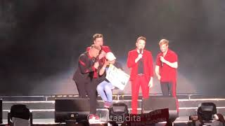 Better Man with Shinta the lucky girl - WESTLIFE Concert The Twenty Tour at Borobudur Temple