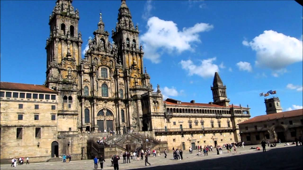 Exterior de la catedral de santiago de compostela youtube for Exterior catedral de sevilla
