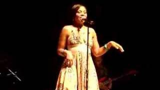 CAROL RIDDICK-I LIKE THE WAY IT FEELS- LIVE @ KIMMEL CENTER