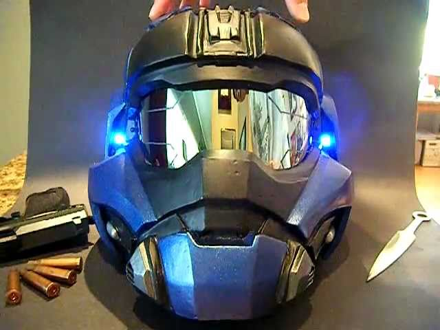 This Halo Helmet Looks Good Enough for the Movie They'll