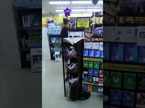 Carrier Mills Illinois Dollar General Employee Without Mask