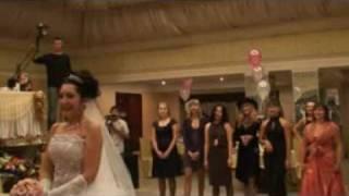 Свадебный букет невесты.(Точнее то, что от него остается :), 2010-03-28T18:04:46.000Z)