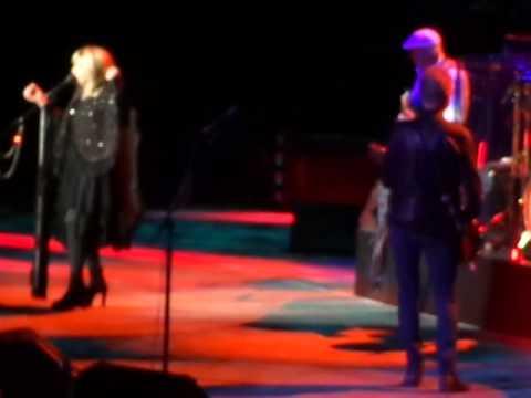 Fleetwood Mac - Rhiannon - MGM Grand - Las Vegas - 12-30-2013