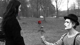 Kærlighed ved første mim - Kortfilm