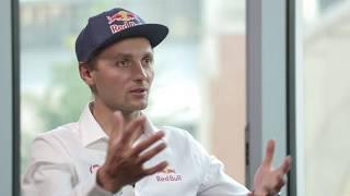 Andrzej Bargiel o historycznym zjeździe na nartach z K2 - Sektor Gości odc. 87 [cały wywiad]