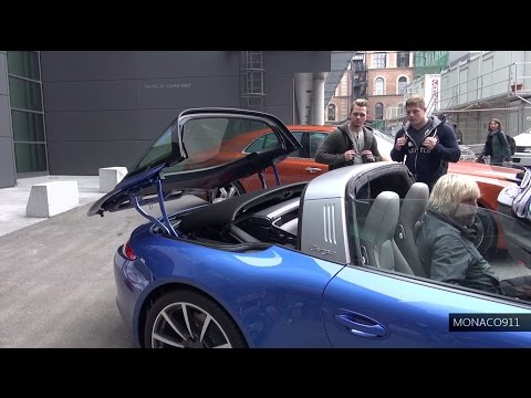 NEW 2014 Porsche 911 Targa 4 - the roof in action