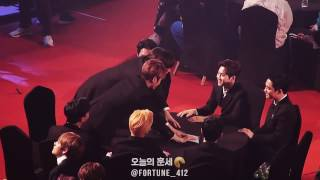 170222 GAON CHART AWARDS D.O. @  가온차트 시상식에서 만난 배우 채서진씨와 경수~ (+ 멤버들의 경수 놀리기ㅋㅋㅋ)