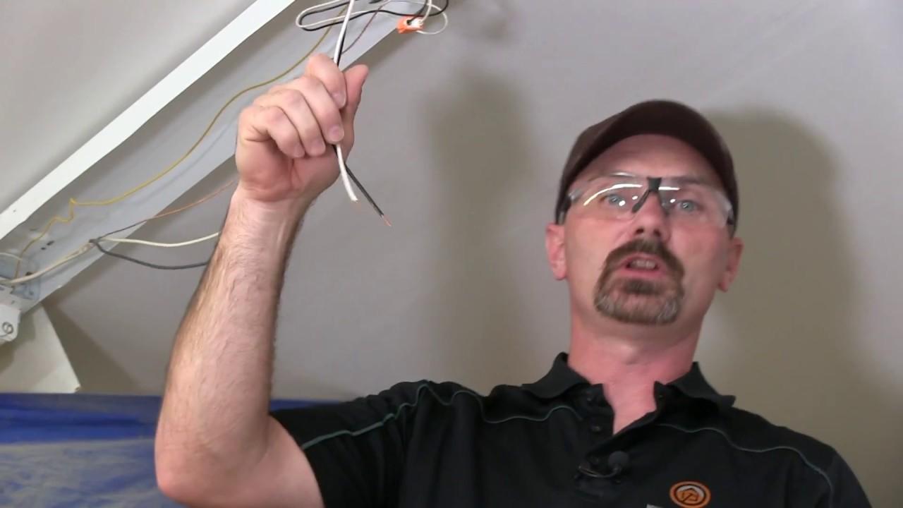 how to install a fluorescent light [ 1280 x 720 Pixel ]