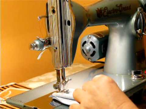 BEAUTIFUL VINTAGE ELECTRO GRAND CLASS 15 CLONE SEWING MACHINE