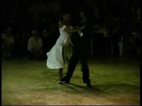 Geraldine y Javier - Tanguera (2004)