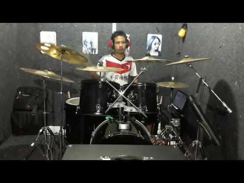 Tegar Aku Yang Dulu Bukanlah Yang Sekarang Drum cover by Novigita (Official Video)