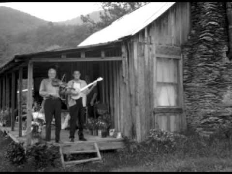 Tommy Jarrell & Fred Cockerham - Big Eyed Rabbit