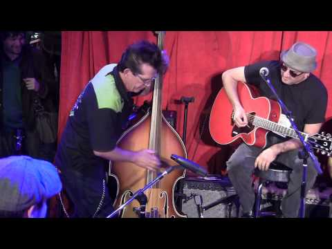 "Duane Eddy's ""Cannonball Rag"" Paul Pigat at Fender NAMM; Bass solo: John Hatton"