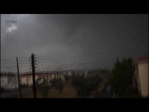 Tornado In Cyprus 2009 Part 1:The Begining -An Ind...