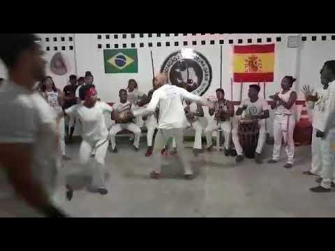 Associação de capoeira tradição da Bahia feira de Santana Bahia(1)