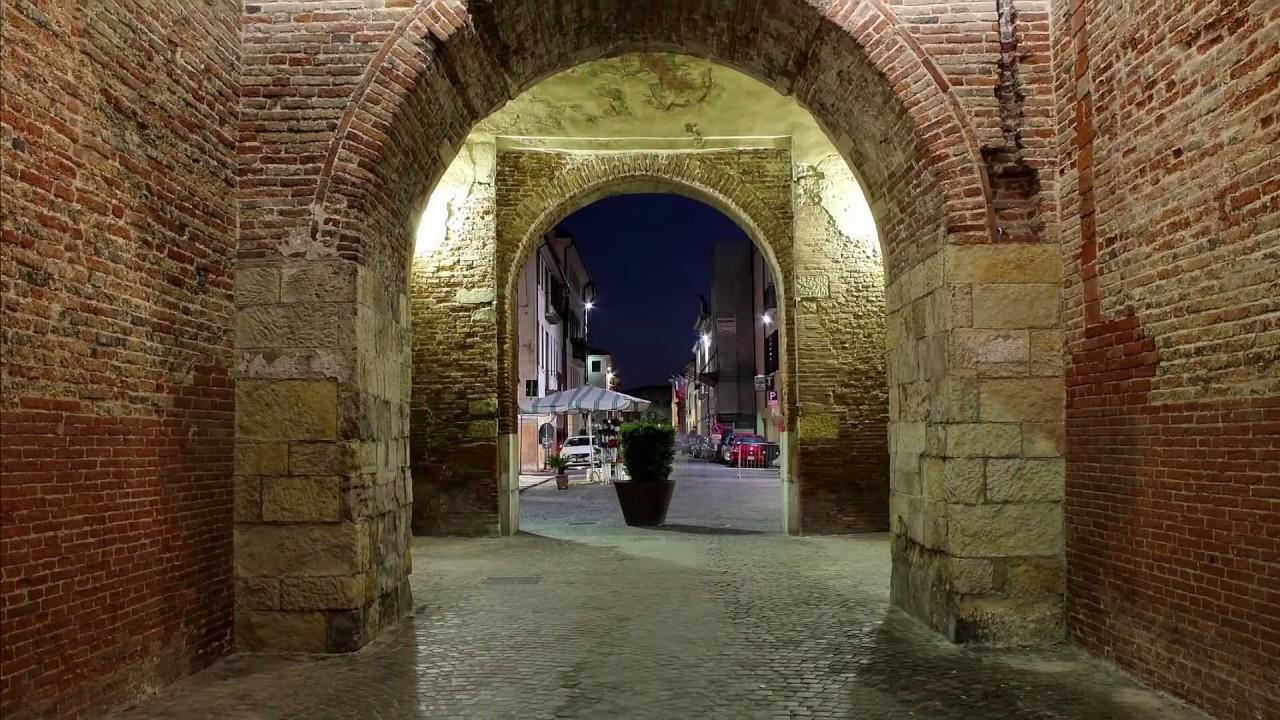 Perchè visitare Castelfranco Veneto ? - YouTube