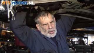 Blinde autodemonteur al dertig jaar in het vak