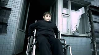Трейлер фильма За тобой [2011]