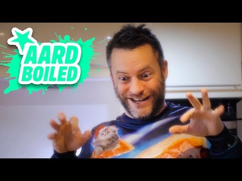 Advent Day 17 | Escalating Christmas Cheeseboard | Mr Weebl's Advent Calendar 2018