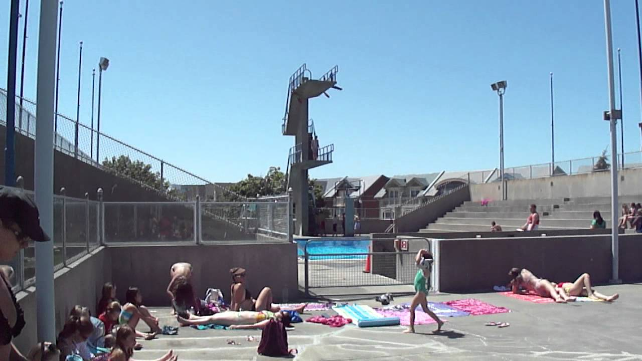 public swimming pool woodbine youtube