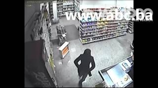 Snimak pokušaja pljačke marketa u Bihaću thumbnail