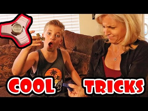 Thumbnail: FIDGET SPINNER TRICKS