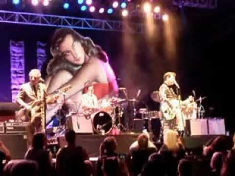 "Chris Isaak - Encore - ""Pretty Woman"" - Melbourne 26/3/13"