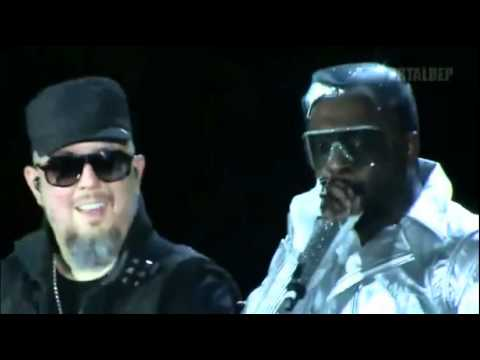 The Black Eyed Peas - Pump It [Live] - Central Park (Concert