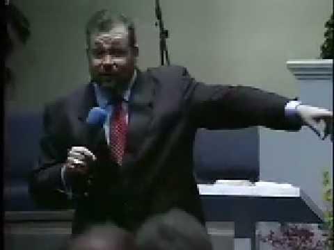 USE THE WORD! Carl Harris Preaching in Walterboro,...