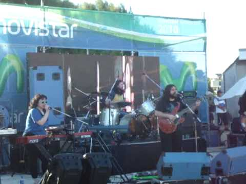 The Magic Numbers - Love Me Like You - Arenabeach Mar Del Plata 06-02-10 - Parte 8