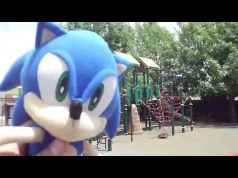 Sonic & Friends playing at the park!! HD