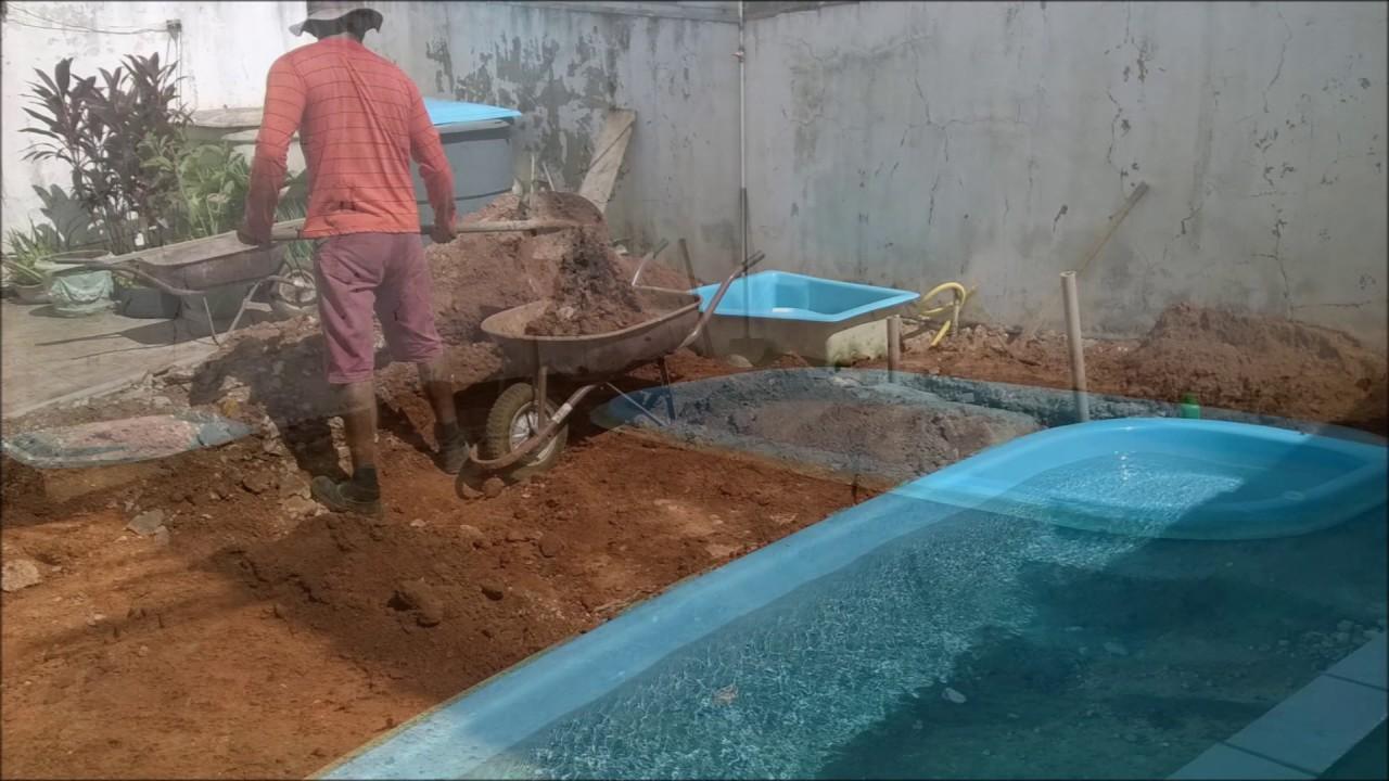 Passo a passo da instala o da piscina de fibra youtube - Piscinas altas ...