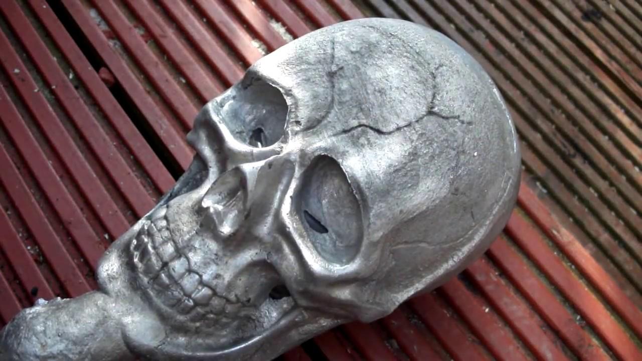 Aluminum Skull Casting Removing Core Tin Can Youtube