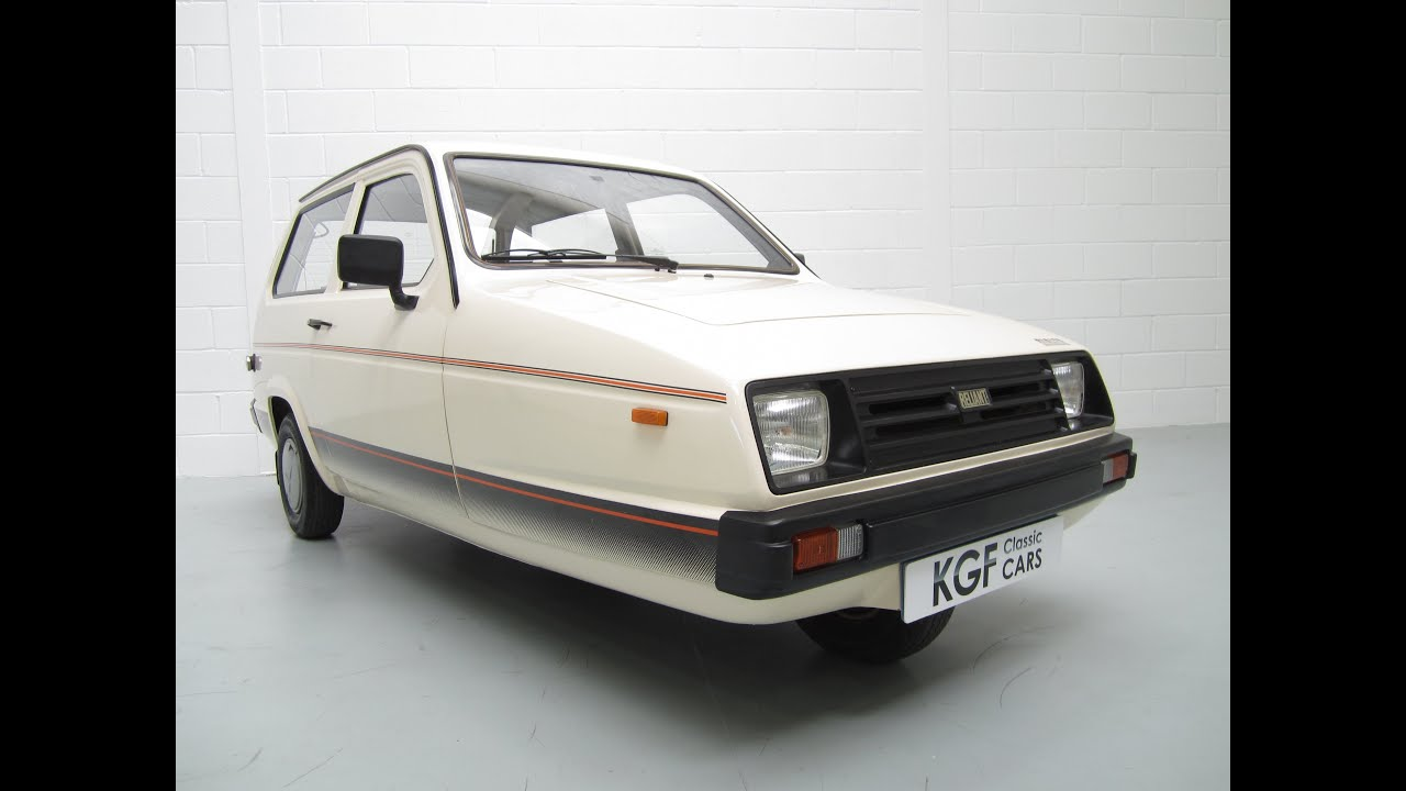 Amazing one owner Reliant Rialto Hatch SE with documented history ...