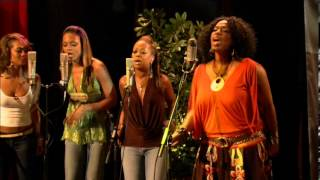 Best Of My Love - Nicci Gilbert & Friends
