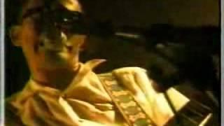 eastern youth 踵鳴る(live)