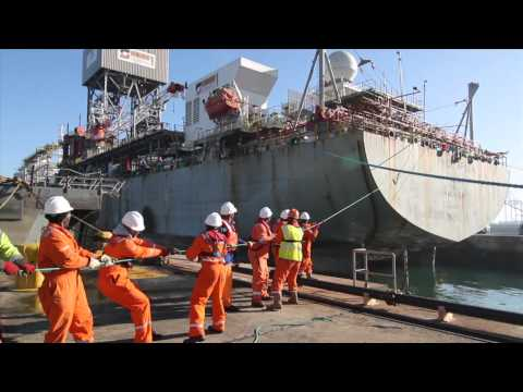04 Ensco DS1 - Vessel Arrival and Docking
